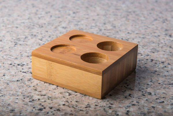 suport-servetele-comprimate-maro-bambus-2persoane-3
